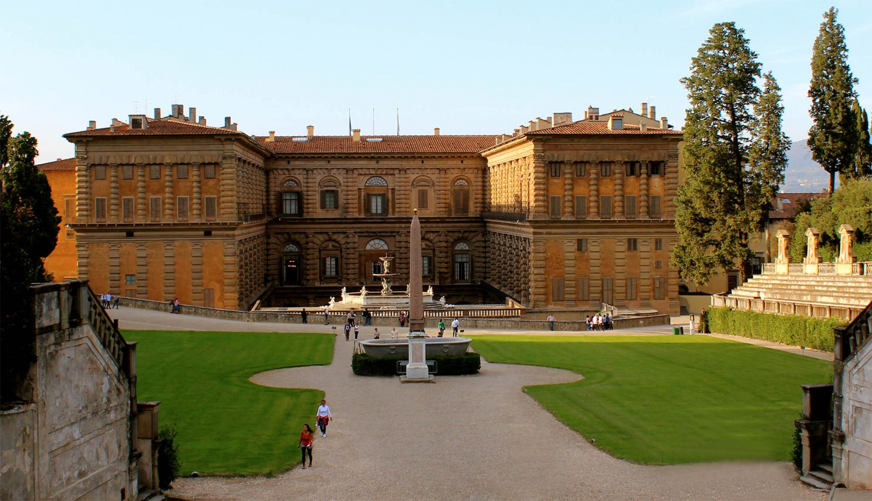 DISCOVER THE TREASURES OF A ROYAL PALACE<p>Pitti Palace, its Gallery and Apartments: the most impressive residence of the Medici family</p>---BOOK NOW---pitti-palace-a-royal-residence