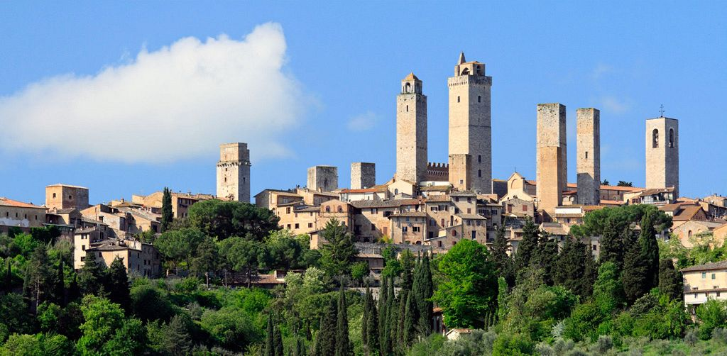 Pearls of Tuscany: Siena, San Gimignano and countryside